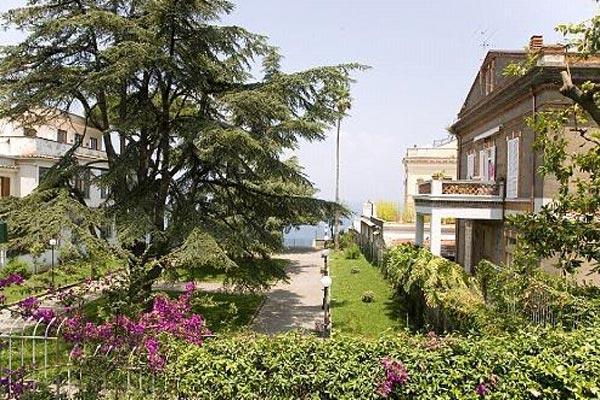 3 minute walk from Sorrento's old city center. BRV GIA - Image 1 - Sorrento - rentals