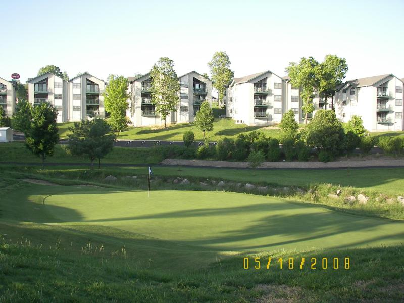 Complex on The Greens at Thousand Hills - Branson Condo on One of the Finest Golf Courses - Branson - rentals