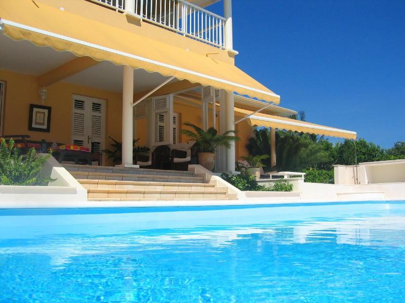 Façade sud face mer des Caraïbes - Luxury villa official rating 5*,sea view 180°,pool - Martinique - rentals