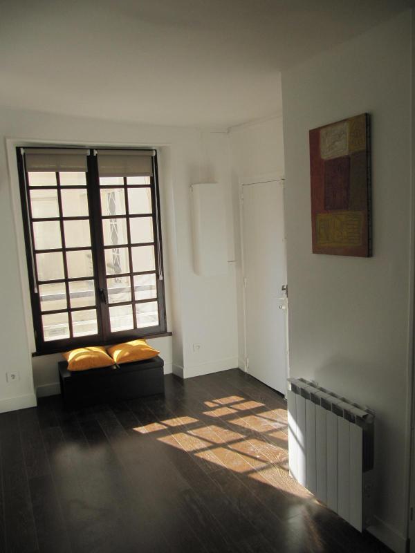 Charming Apartment Rental in the Heart of Saint Germain des Pres, Paris - Image 1 - Paris - rentals