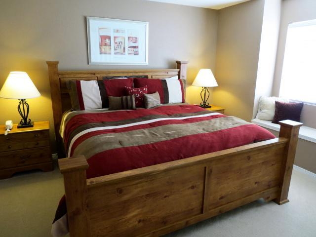 Master Bed - King Size - Upscale Branson Condo at Budget Price!-2 Kings! - Branson - rentals