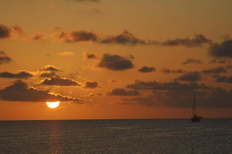 Ihe sunsets are really like this-honest! - Vista Linda-Gorgeous 1 Story ,2BR w/pool and Dock - Marathon - rentals