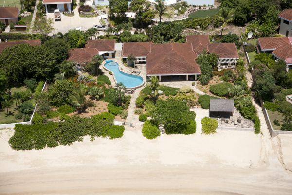 Beachcomber at Mahoe Bay, Virgin Gorda - Beachfront, Gourmet Kitchen, Guest House - Image 1 - Mahoe Bay - rentals