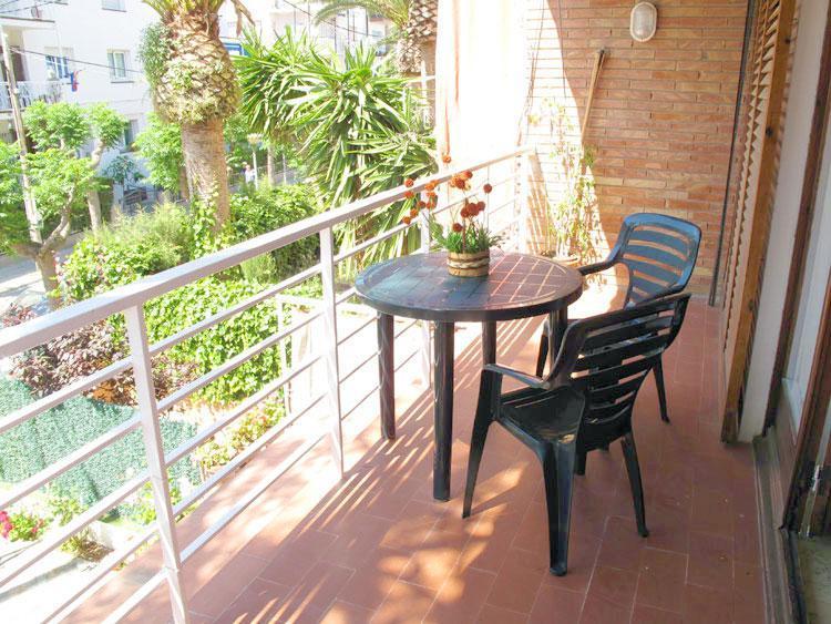 ATZAVARA apartment in Sitges - Image 1 - Sitges - rentals