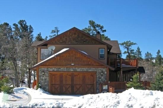 All Seasons front of the house - Enjoy scenic views of the lake from your luxury Big Bear vacation cabin. - Big Bear Lake - rentals