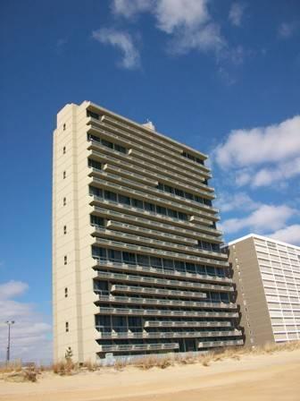 Fabulous Condo with 2 BR & 2 BA in Ocean City (CENTURY I 2514) - Image 1 - Ocean City - rentals