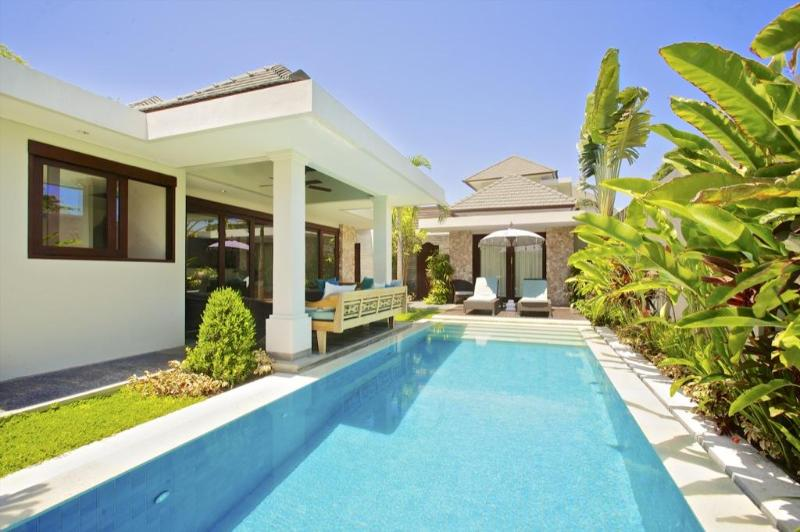 Your private pool - On the beach in Sanur: Sixteen Kejora: - Sanur - rentals