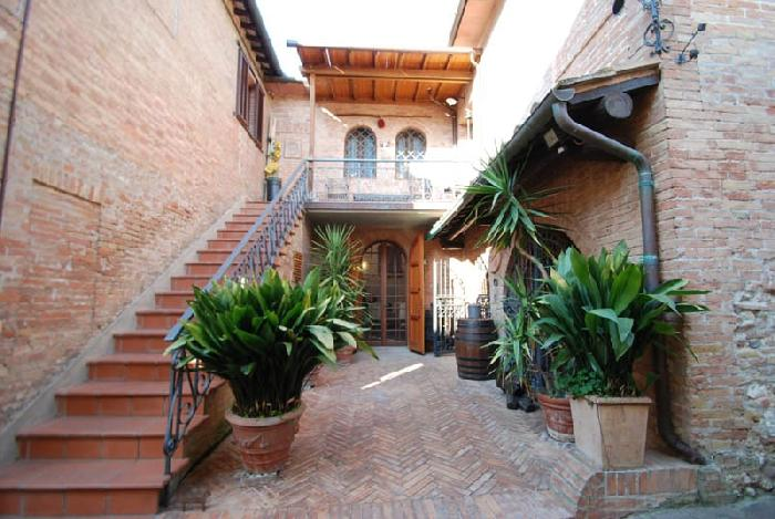 Apartment Palio holiday vacation apartment rental italy, tuscany, siena, holiday vacation apartment to rent italy, tuscany, siena, holid - Image 1 - Siena - rentals