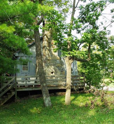 Old millstone fireplace - Osceola Mill Cabins - Steeles Tavern - rentals