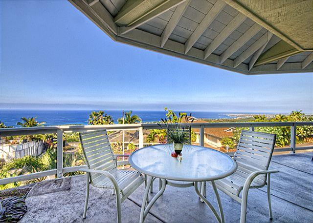 Thats a VIEW! - Spacious three bedroom, home with beautiful Ocean views - Kailua-Kona - rentals