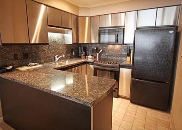 Kitchen - Acer Vacations | Great Family Friendly 2 Bedroom Ski-in Ski-out Accommodation - Whistler - rentals