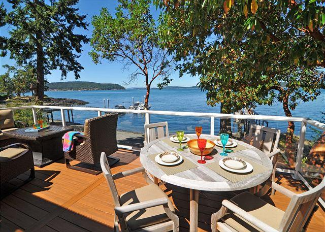 Enjoy fabulous views while you dine alfresco. - Carter Beach in Friday Harbor on San Juan Island - Friday Harbor - rentals