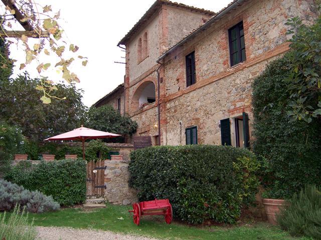 Borgo di Stomennano - Cortile - Image 1 - Monteriggioni - rentals