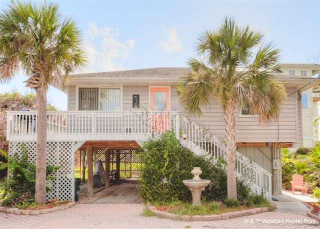 Welcome to Anastasia Island Cottage! - Anastasia Island Cottage, 2 houses to beach, Hot Tub, HDTV - Saint Augustine - rentals