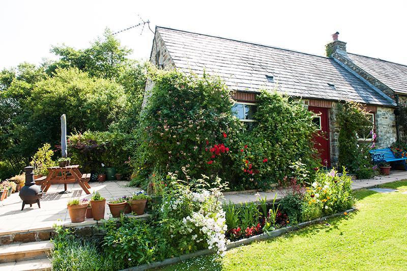 Pond Cottage - Image 1 - Pembrokeshire - rentals