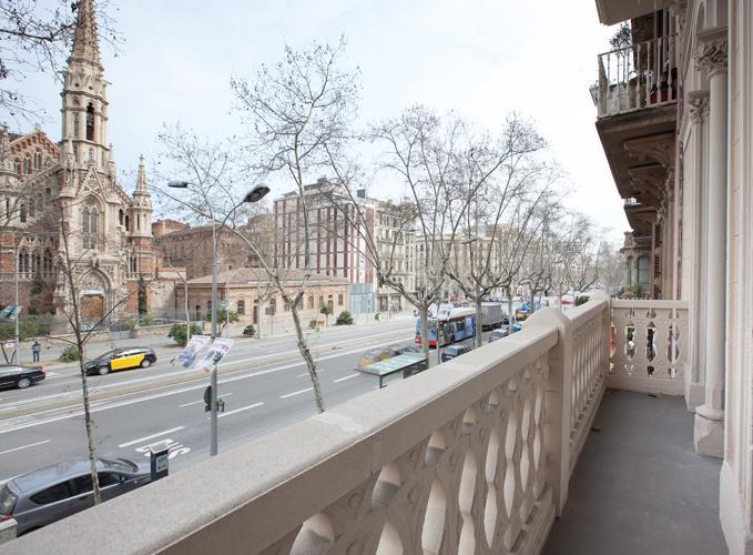 balcony - Magnifico 4be-3ba Church Views Ideal for Families - Barcelona - rentals