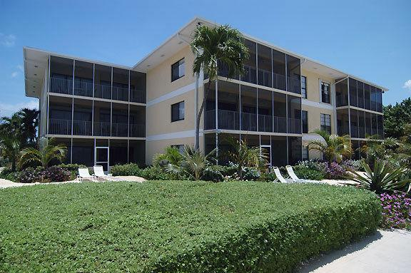 The Anchorage #9 Oceanfront - Image 1 - Grand Cayman - rentals