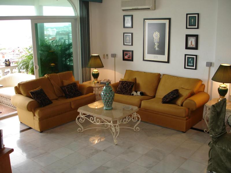 Spacious livingroom for reading or listening to music - Exquisite Luxurious Condo, 180 view to the Ocean - Puerto Vallarta - rentals