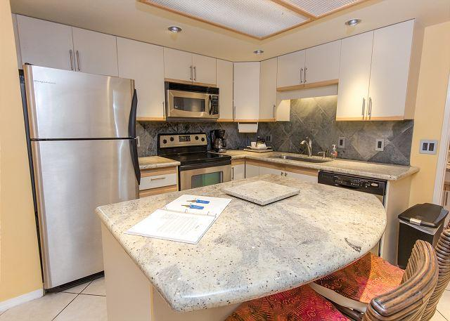 FALL SPECIALS! Renovated Two-Bedroom Condo Near Front of Property. - Image 1 - Kihei - rentals