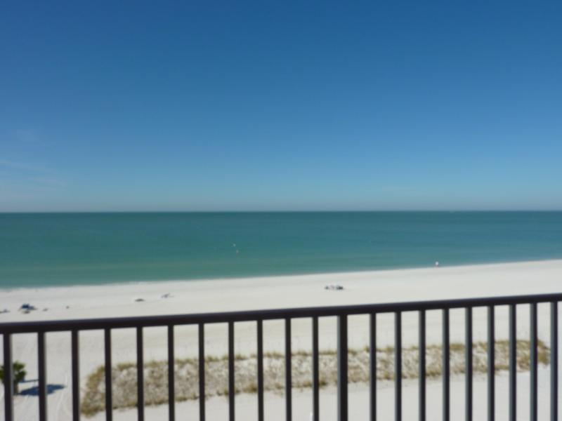 ISLAND INN, Beach Resort Gulf Front Studio - Image 1 - Treasure Island - rentals