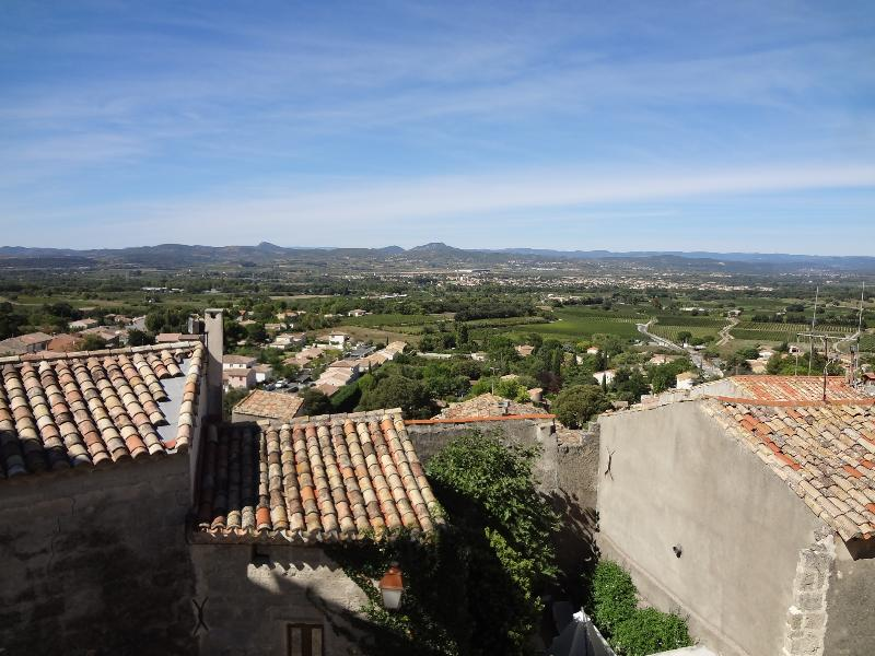 Looking out over the Herault valley from Cloche-Piochet's rooftop terrace - Cloche-Piochet - Languedoc-Roussillon - rentals