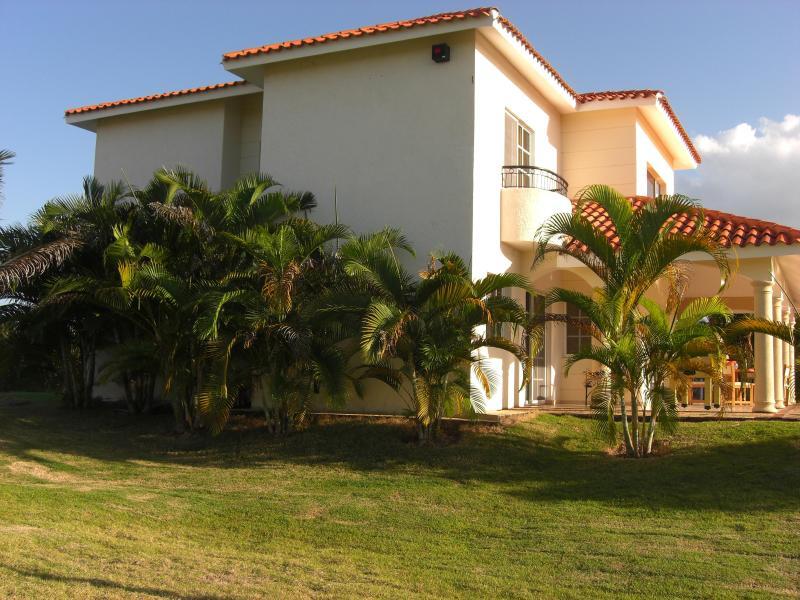 Private Luxury Villa in Private Gated Community - Image 1 - Sosua - rentals