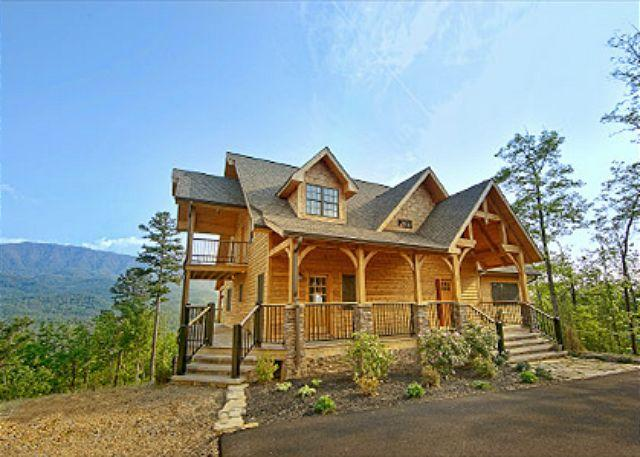 Amazing Panoramic Views from this Million Dollar+ Cabin - Image 1 - Gatlinburg - rentals