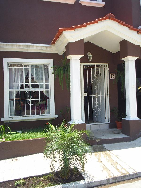 Front of House - Can't beat this price! Lots to do locally. Elegant - Amatitlan - rentals