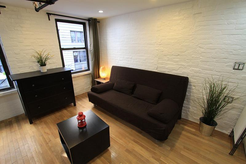 CHELSEA 27TH FRIENDS: 1 Bedroom 1 Bathroom - Image 1 - New York City - rentals
