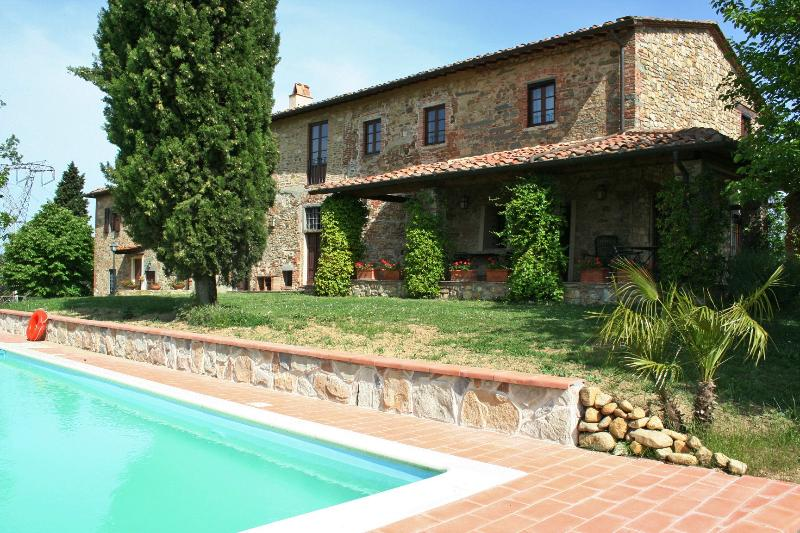 Large Farmhouse for Group near Florence - Casa Signa - Image 1 - Montelupo Fiorentino - rentals