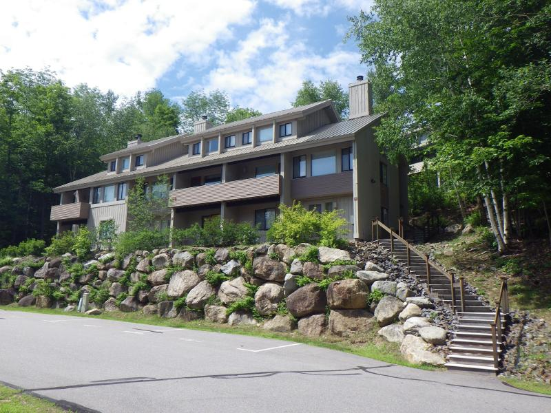 Exterior - Loon Mountain House, Great Views, Internet, Pools - Lincoln - rentals