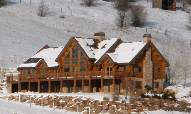 Greenhills Luxury Log Home - Luxury Log House with Snowbasin and Lake View - Huntsville - rentals