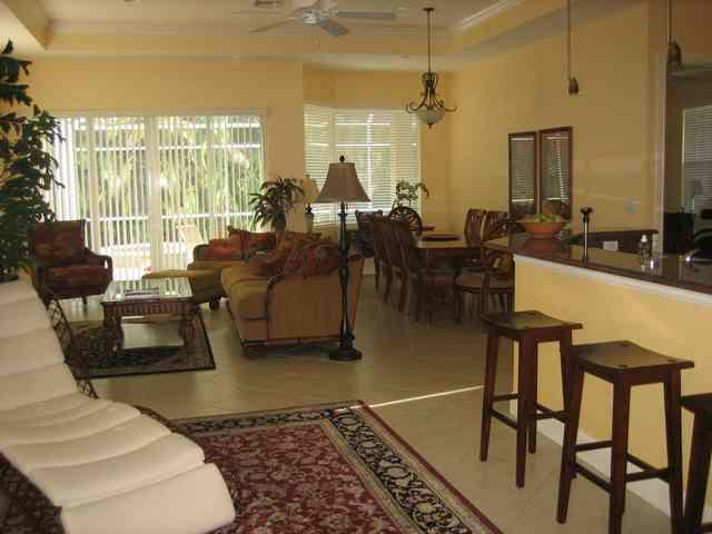 Living area has plenty of seating - Beautiful 5 Bd - 1 mi to BEACH! Aug openings - Naples - rentals
