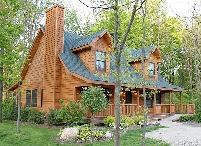 Welcome to Your Home Away from Home - Heavenly 7 Retreat Rustic Luxury Cabin w/ POOL - Saugatuck - rentals