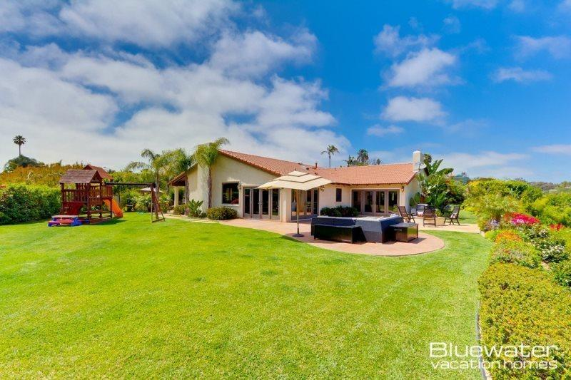 Back Yard perfect for the whole family - Casa La Jolla - Tranquil Luxury Retreat - Central Coastal San Diego - La Jolla - rentals