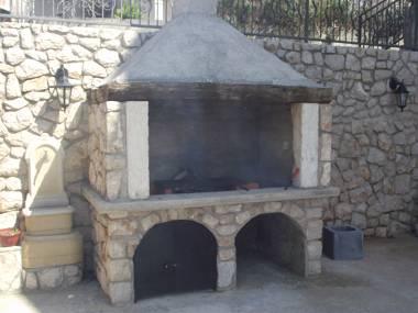 grill (house and surroundings) - 4115  A2 mali (2+1) - Novi Vinodolski - Novi Vinodolski - rentals