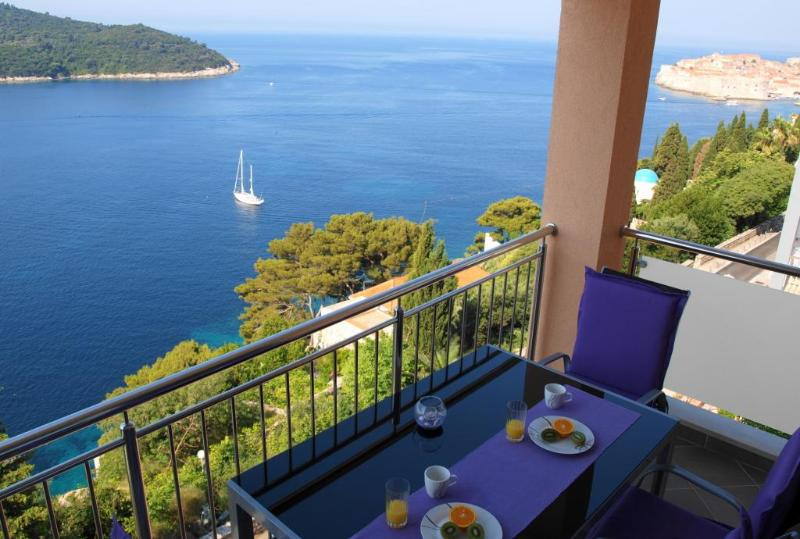 Soak up the magnificient views from your very own balcony! - 02|Modern Seafront 2-BR with Balcony, Parking a short stroll to Old town & Beach - Dubrovnik - rentals
