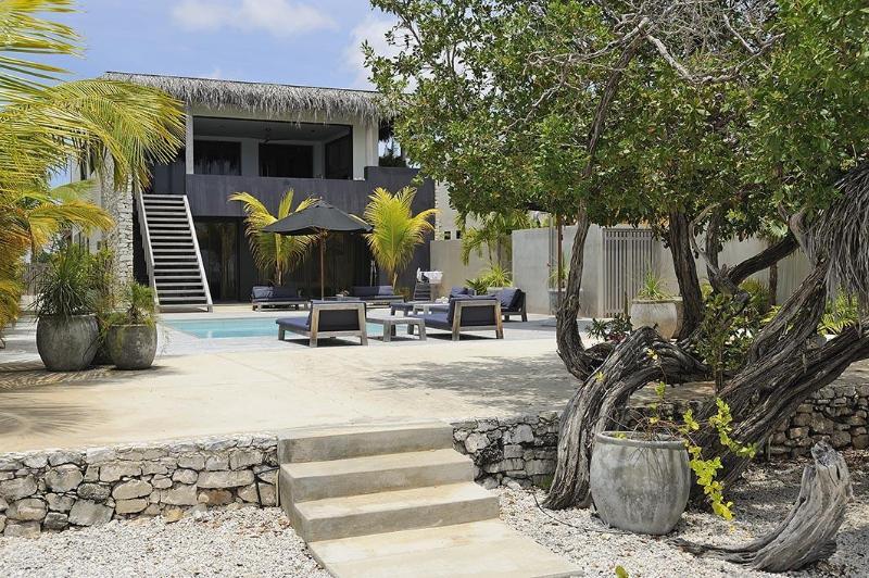 Beach House Piet Boon - Image 1 - Kralendijk - rentals