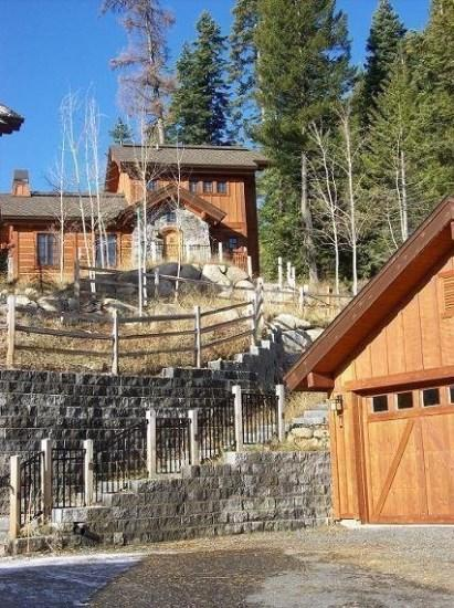 This cottage sits high on the hillside next to forest land - Clearwater Cottage #87 Two Bedroom, 2.5 Baths. Sleeps 6. WIFI and amazing views - Tamarack Resort - rentals