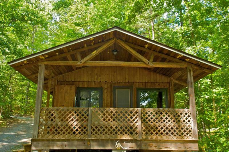 Hazelnut Cottage #5 overlooks small mountain lake - Hazelnut Cottage at  Montfair Resort Farm - Charlottesville - rentals
