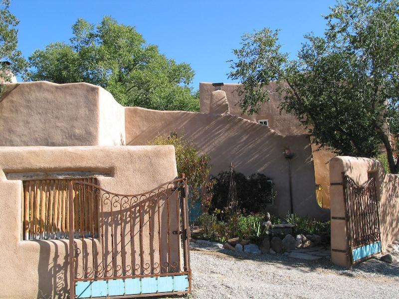 Front fo house, with gated parking - 3 BR Restored Artist Home,easy walk to Taos Plaza - Taos - rentals