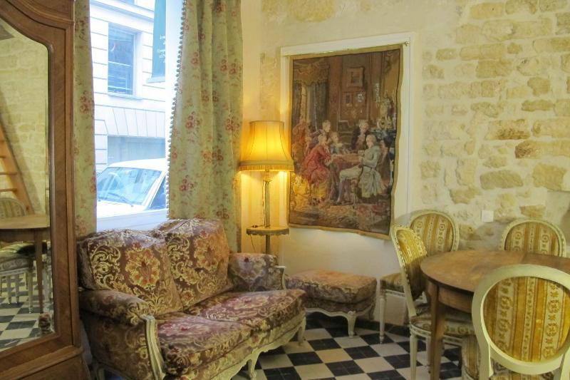 Living Room - Ben Franklin's Salon - Paris - rentals