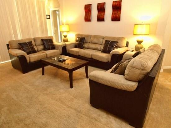 Living Area - TLCP6P609PD 6 Bedroom Pool Home with Exclusive Fishing Area - Orlando - rentals