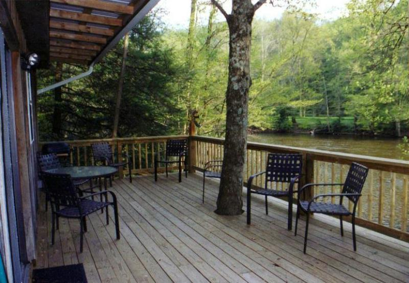 Riverside Retreat Deck View - THE RIVERSIDE RETREAT - LOCATED ON THE SHAVER'S FORK RIVER - Elkins - rentals