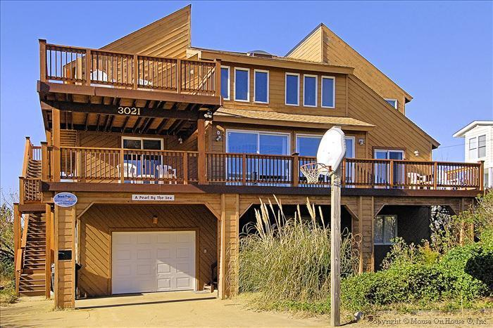 The magestic Pearl By The Sea...is a Sandbridge landmark and very popular vacation rental here! - Pearl By the Sea - Virginia Beach - rentals