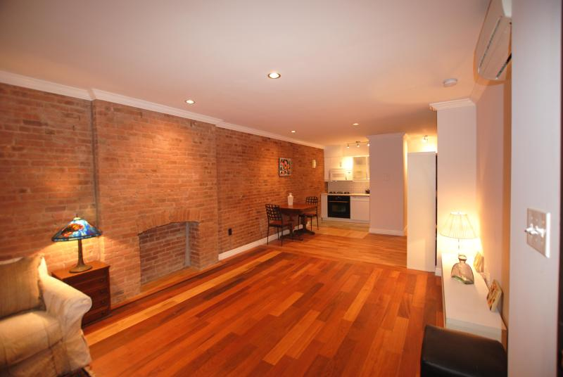 Entrance view - Gorgeous Huge Studio in Historic Harlem - New York City - rentals