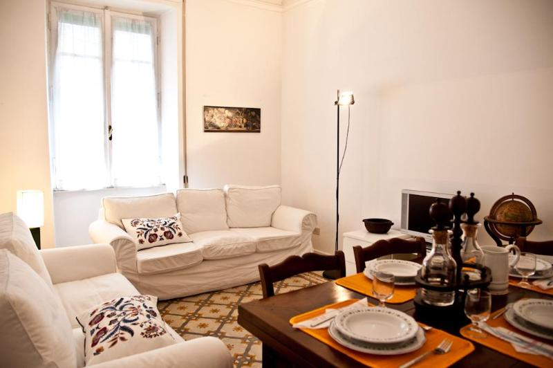livingroom - Vatican -2 Bedrooms cozy apt with balcony-wifi - Rome - rentals