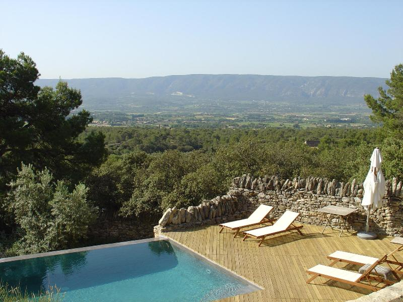 View of the valley from the pool deck - La Bergerie - Cabrieres-d'Avignon - rentals