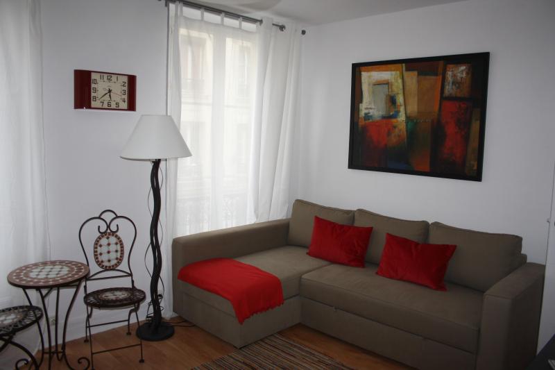 Bastille Studio - Image 1 - Paris - rentals