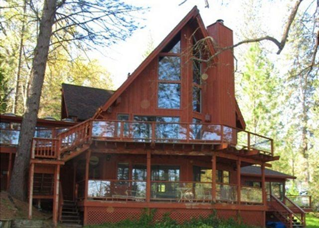 LakeFront Property, w/plenty of space and beautiful atmosphere! - Image 1 - Groveland - rentals